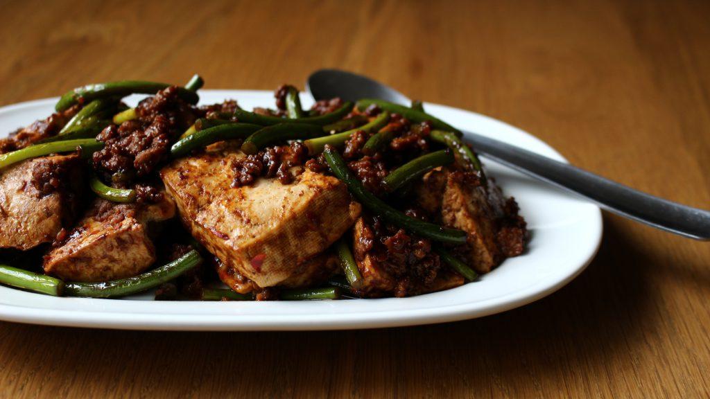 豆腐とひき肉のみそ炒め
