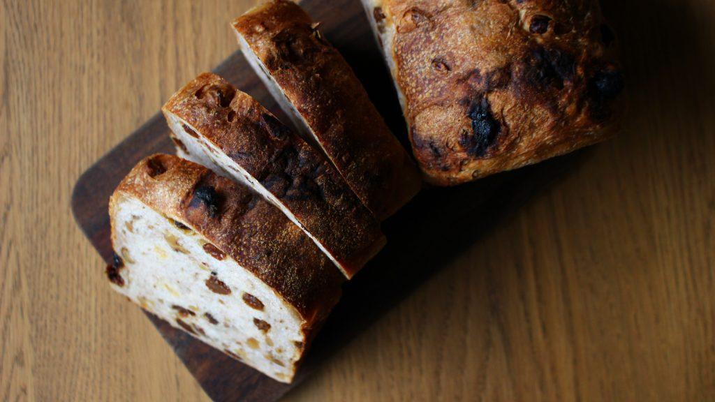 ぶどうとクルミのパン