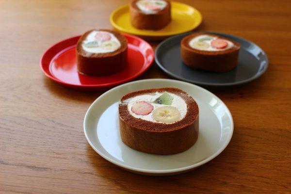 フルーツチョコロールケーキ