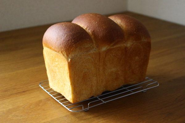 生イーストでつくる食パン