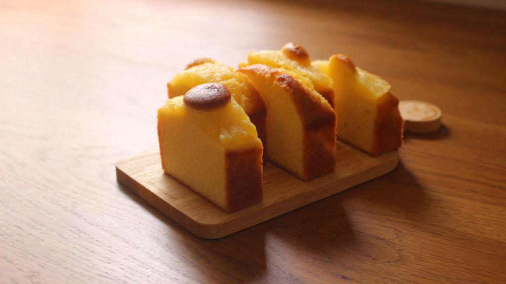 ココナッツパインケーキ