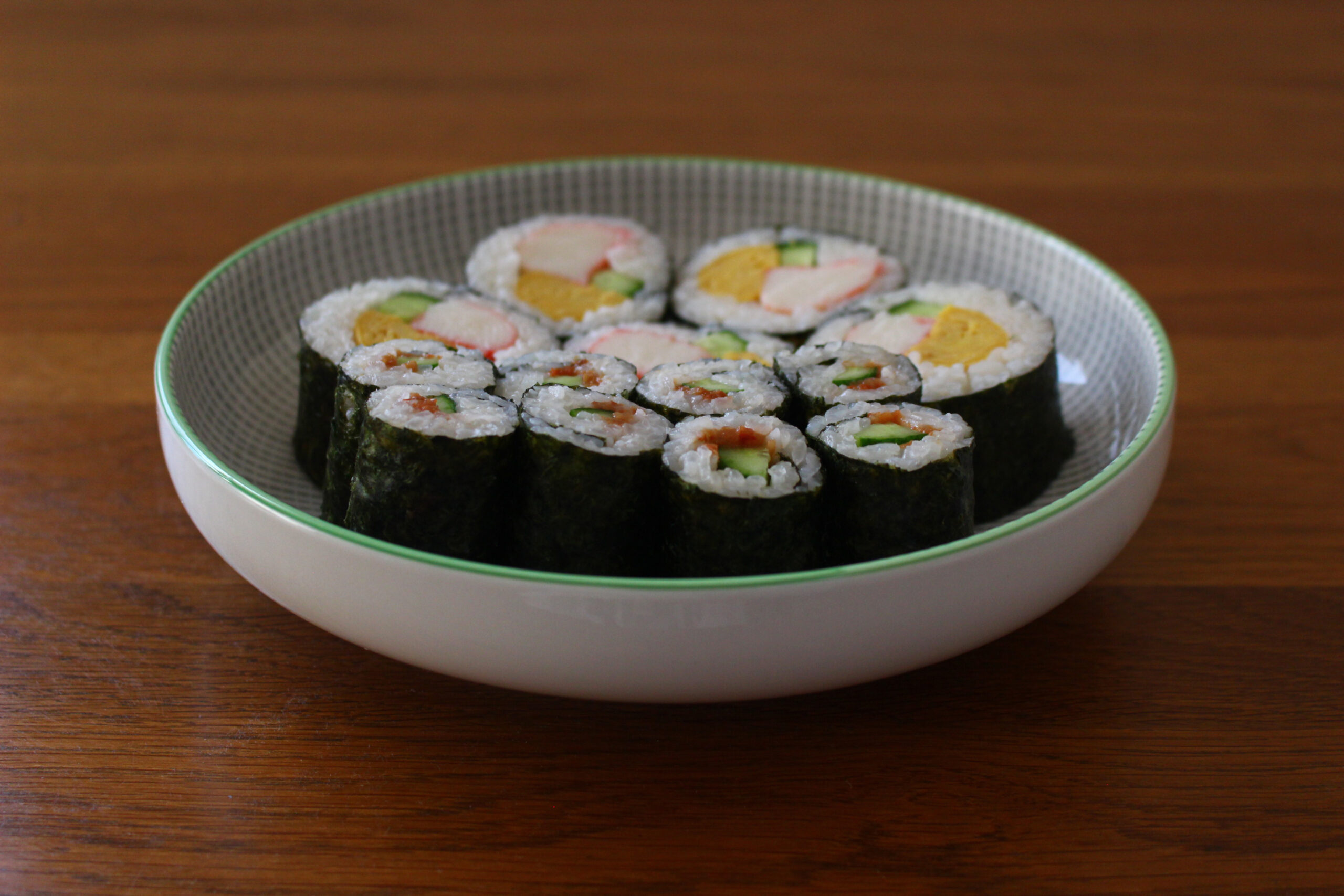 巻き寿司と梅きゅうり巻き