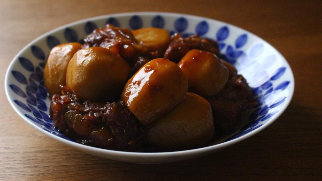 豚バラ軟骨と里芋の煮物